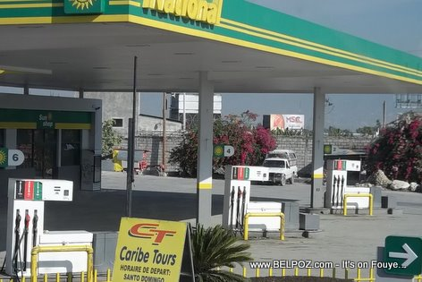 PHOTO: Haiti Gas Station - National