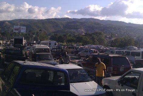 Traffic To Les Cayes Haiti Kanaval 2012