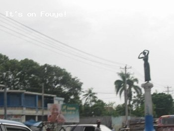 Pictures of Haiti - Statue