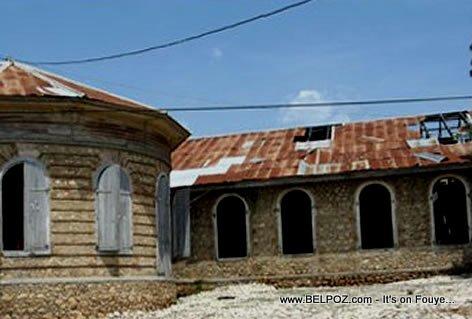 Palais Aux 365 Portes, Palais de la Belle Rivière - Haiti