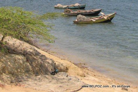 Fishing in Haiti - Fishing Boat, Fishing Net