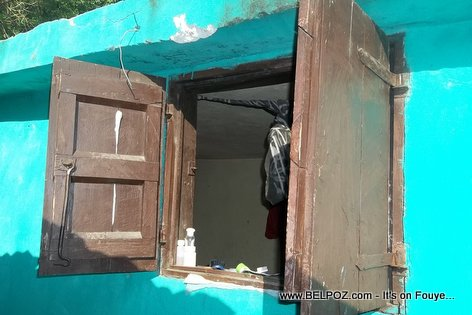 FENET - Old-fashioned Haiti House Window