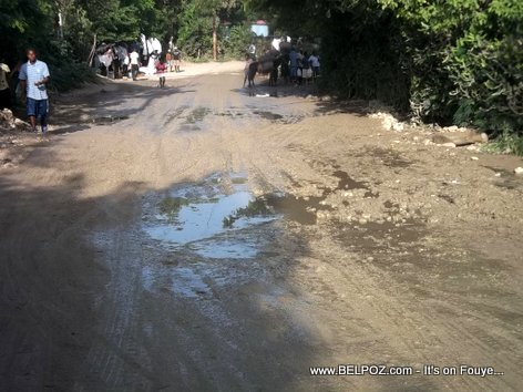 Haiti Muddy roads - Hinche to Maissade