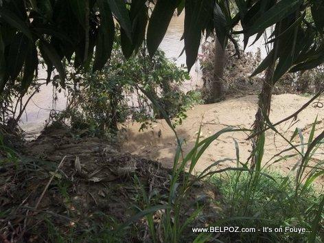 Erosion - Riviere Guayamunco - Centre, Haiti