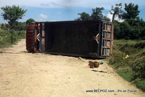Car Accident Haiti - Truck Turnover - Boc Banic Haiti