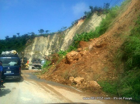 Landslide in Haiti - Route Nationale 3 - Peligre