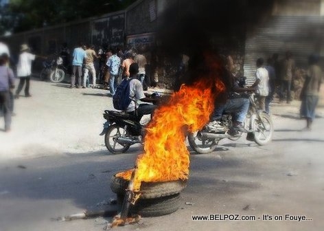 Manifestation Haiti 18 Nov 2013 - Kawotchou ap boule lan lari Port-au-Prince