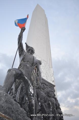 Monument Empereur Jean Jacques Dessalines - Place d 'Armes - Gonaives Haiti