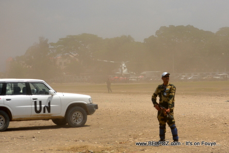 President Martelly lands in Hinche Haiti, MINUSTAH en Guard