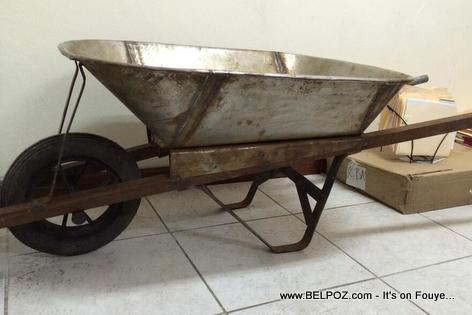 Brouette - Wheelbarrow - Made in Haiti