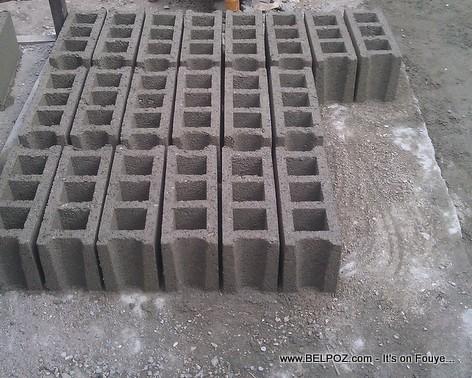 Haiti - BLOCS - Concrete Blocks - Concrete masonry units
