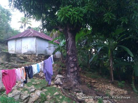 Haiti - Yon ti kay sou tet morne