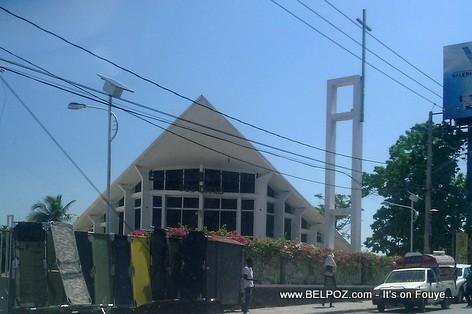 Haiti - Eglise baptiste des cites - Pasteur Neree