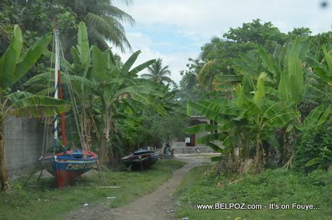 Fisherman boats - Gelee Beach - Les Cayes Haiti