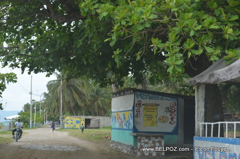 Venette bar Resto - Gelee Beach - Les Cayes Haiti