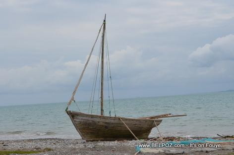 Fisherman boat - Gelee Beach - Les Cayes Haiti