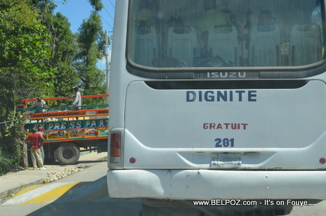 Bus Dignite - Thomonde Haiti