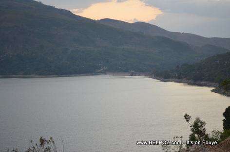Haiti - Fleuve Artibonite - Lake Peligre Hydroelectric Dam