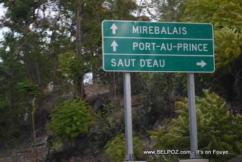 Haiti - Mirebalais, Port-au-Prince, Saut d'Eau Sign