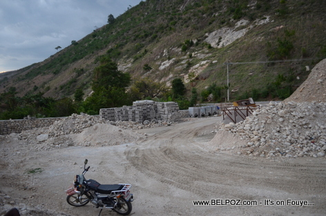Haiti Construction near the Fleuve Artibonite