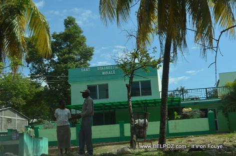 Sant Dyasnostik Entegral - Mirebalais Haiti