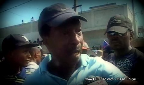 PHOTO: Turneb Delpe nan yon manifestation an Haiti