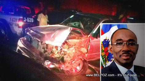 PHOTO: Haiti - Prime Minister Evans Paul Car Accident in Bourdon
