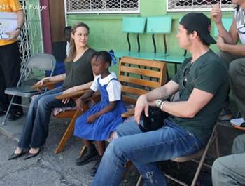 Angelina Jolie & Brad Pitt in Haiti