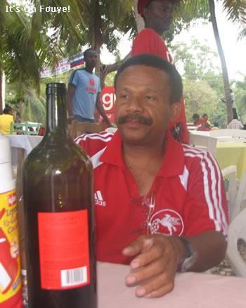 Lelsy Bwe tout du vin an