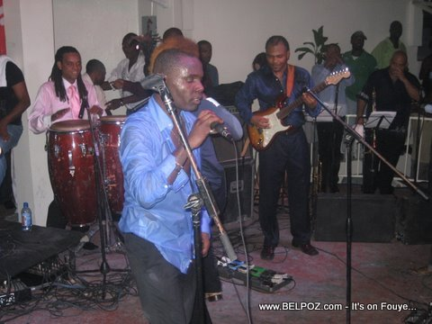 Zenglen Live, Djumbala Night Club