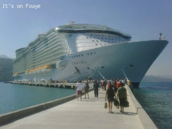 Caribbean Cruise to Labadee Haiti - The day Oasis of the Sea docked in Labadee for the first time