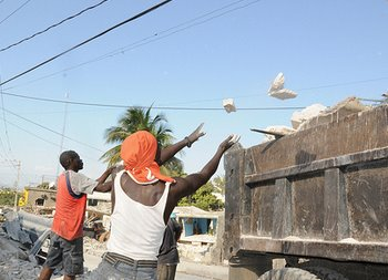 Reconstruction - Rebuild Haiti, Yes We Can
