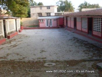 Ecole Frere Polycarpe Haiti School Yard