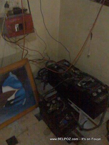 Power Inverter And Bateries Haiti
