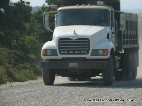 Camion Bascule Ouanamithe Haiti