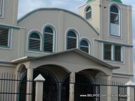 Ecole Et Eglise Baptiste De Terrier Rouge Haiti
