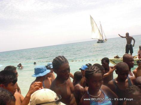 MINUSTAH a la plage