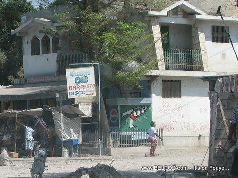 Wilbert Club Bar Resto Disco Gonaives Haiti