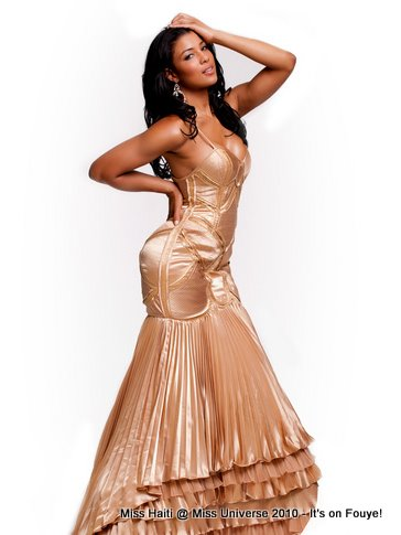Miss Haiti At Miss Universe 2010 - Evening Gown Competition