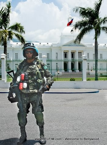 MINUSTAH Soldier In Front of Haiti White House