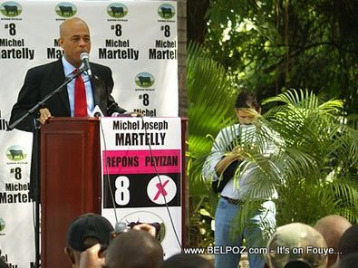 Michel Martelly Antonio Sola In The Background