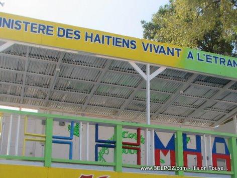 Haiti Kanaval Stand Ministere Haitiens Vivant A L Etranger