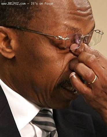 President Aristide Crying - Gade Aristide k-ap Kriye