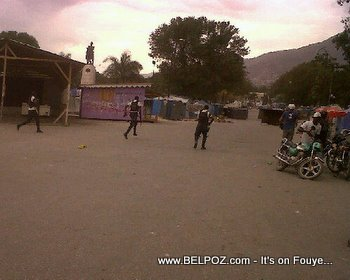 Anti Preval Riots In Haiti Haitian Police Chasing Rioters