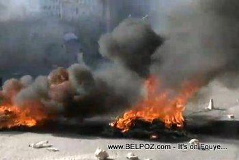 Anti Preval Protest Haiti 7 Fevrier 2011 Tires Burning