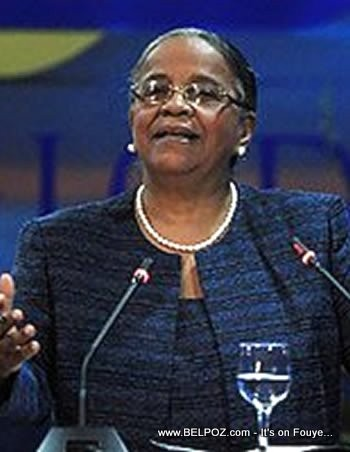 Candidate Mirlande Manigat  Making A Speech